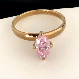 Vintage Cocktail Ring Pink Cubic Zirconia 8E